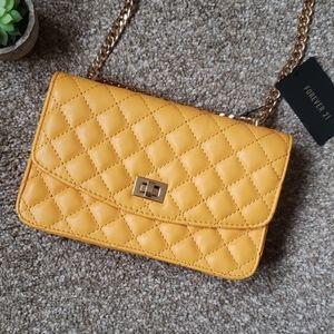 🎉HP🎉Yellow/Orange shoulder bag